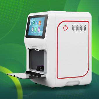 """ДКЦ """"Бургасмед"""" с пробовмезане за експресен PCR тест за COVID-19 и през събота и неделя"""