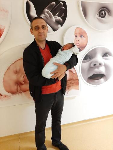 """29г. жена от Плевен избра да роди в """"Бургасмед"""" заради лекар от лечебното заведение"""